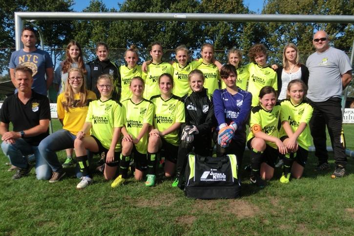Die Spielerinen der C-Jugend des FC Concordia Haaren